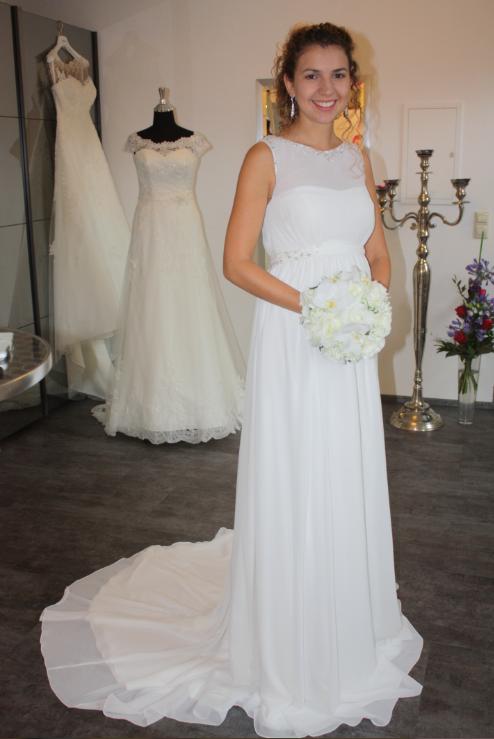 Zweifarbige Brautkleider | Traumzeit Hochzeitsblog Der Blog Fur Eure Hochzeit Am Bodensee